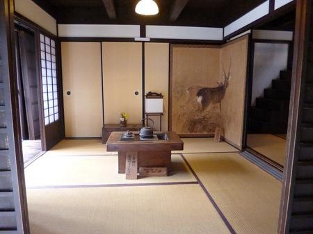 072格子の家3.JPG
