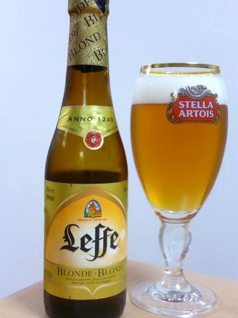 130516ベルギービール レフブロンド1.JPG